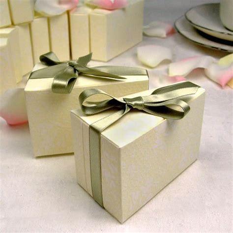 Boxes Wedding Cake by Wedding Cake Favor Boxes