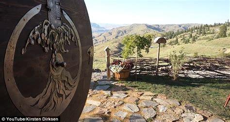 hobbit hole washington hobbit hole in washington state based on bilbo baggins