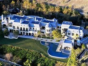 Tom Brady Home by Gisele Bundchen Tom Brady S New 20 Million House See Photos