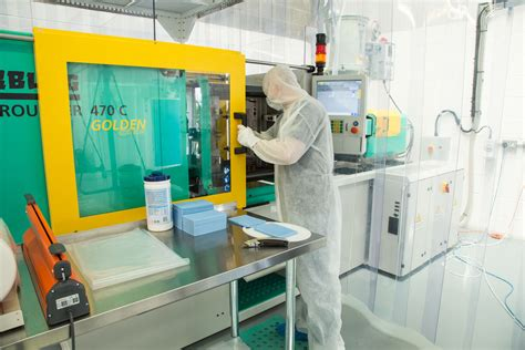 design for environment manufacturing uk medical cleanroom plastic moulding companies