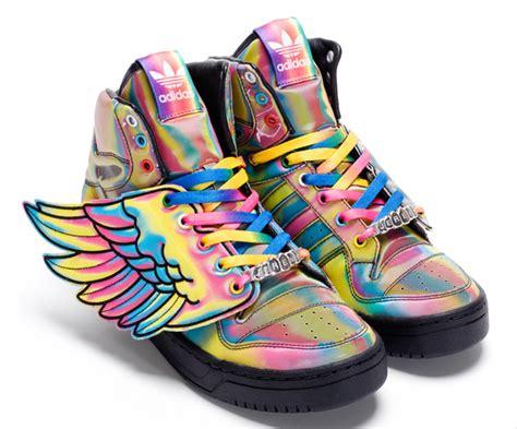 Tas Jerami spread your wings and x adidas the digitalistas