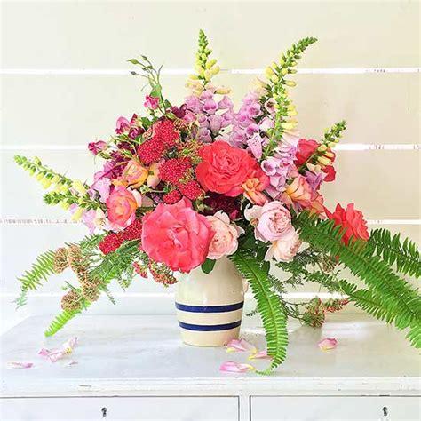 flower arrangements design 10 garden fresh flower arrangements from your backyard