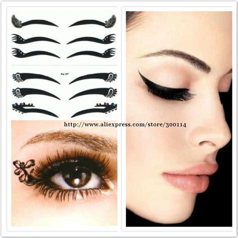 tattooed cat eyeliner linda maquiada e de salto alto maquiagem adesiva