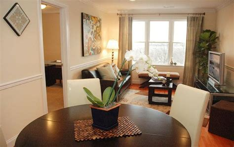 Living Room And Dining Room Together by Sellers Stop Buyers Think