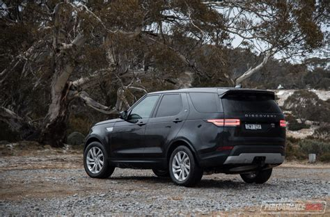land rover discovery hse 2017 2017 land rover discovery sd4 hse review