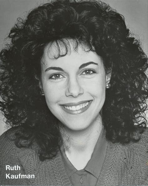 julianna hair comment julianna margulies curly hair www pixshark com images
