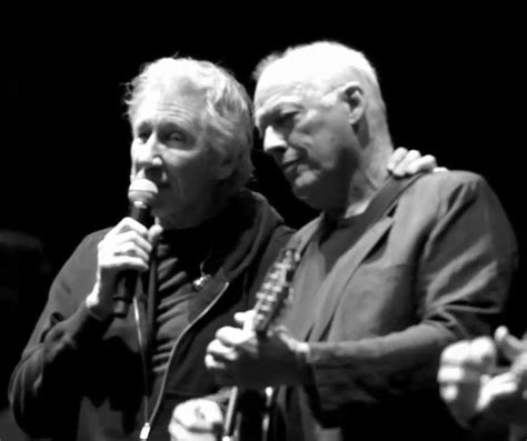 roger waters david gilmour comfortably numb roger waters david gilmour pink floyd gilmour