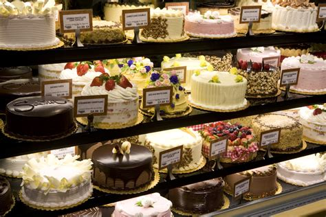 Bakeries Cakes by Fashblah