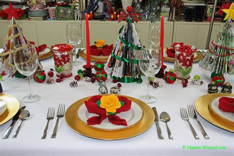 how to set a christmas table easy festive christmas table settings