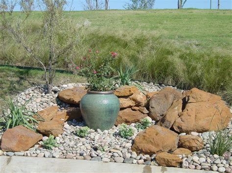 15 Ideas To Get You Inspired To Make Your Own Rock Garden How To Make A Small Rock Garden