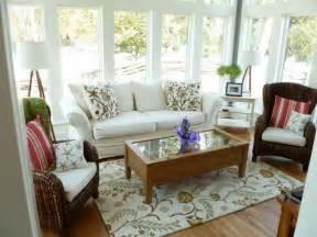 Furniture For Sun Rooms Small Sunroom Furniture Ideas Deltaangelgroup