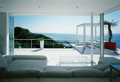 House With A Beautiful View | beautiful house overlooking the ocean