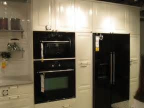 kitchen cabinets with black appliances kitchen cabinets with black appliances home design