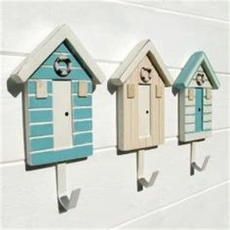 hut bathroom accessories 1000 ideas about hut decor on nautical