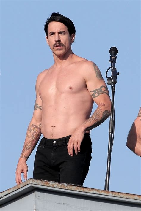 Anthony Kiedis Photos Photos Red Hot Chili Peppers Anthony Kiedis Back