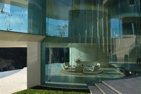 glass wall house the razor residence in la jolla california house of iron man