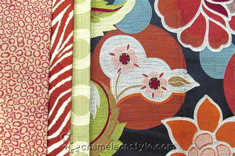 Happy Friday Narrative On Fabric by Friday Fabric Fix A Warm And Happy Owl Chameleon Style 174