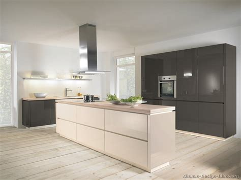 Pictures Of Kitchens Modern Two Tone Kitchen Cabinets | pictures of kitchens modern two tone kitchen cabinets