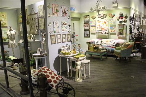 decor items      maintain peace  home