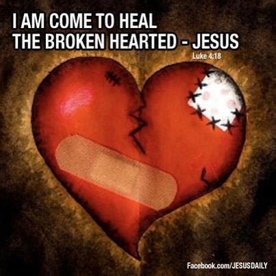jesus comforts the brokenhearted broken heart the lord is close by rick warren christian