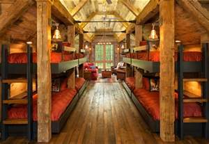 Warm Interiors Reading Bunk House With Rustic Interiors Home Bunch Interior