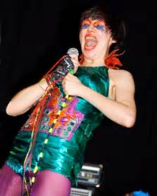 Where To Put Tv by Look No Strings Why The Yeah Yeah Yeahs Changed Their