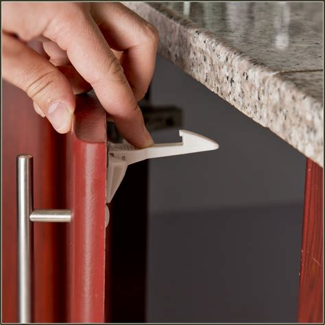 baby proofing cabinets without drilling baby proofing cabinets without knobs roselawnlutheran