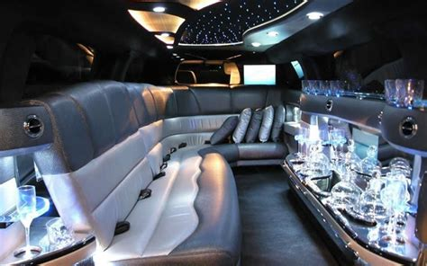 Hummer Limo Interior by Hummer H3 130 Stretch