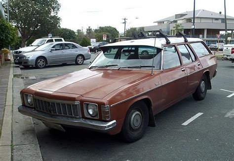 holden kingswood station wagon holden hx kingswood station wagon 4 2 litre