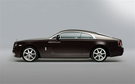 roll royce rolsroy rolls royce wraith first look new cars reviews