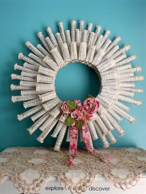Rolled Paper Craft - 1000 ideas about rolled paper wreath on paper