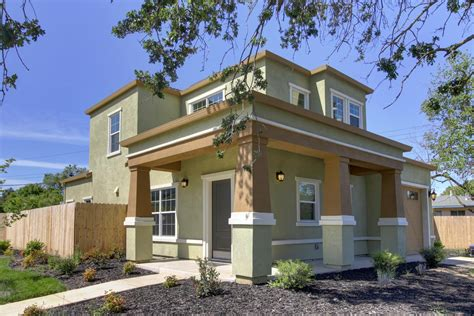 three houses left in sacramento new homes development