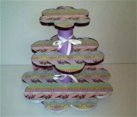 etagere basteln cupcake etagere selber basteln
