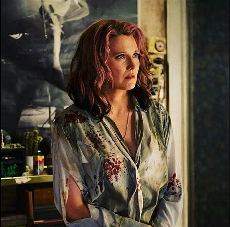 lucy lawless evil dead 19 best lucy lawless actress images on pinterest lucy