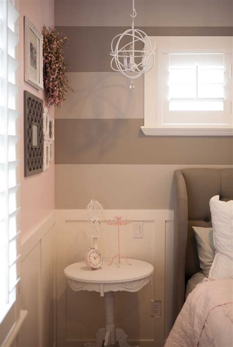 pink and white striped bedroom walls pink and white vertical stripes striped walls or
