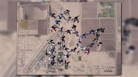 Records In Arizona 32 Skydivers Set World Record In Arizona Krem