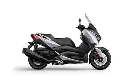 xmax  abs  scooter yamaha motor italia