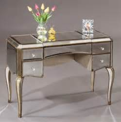 Mirrored Top Makeup Vanity You Re So Vain 10 Classic Vanity Tables