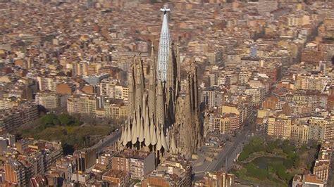 La Sagrada Familia by Antoni Gaudi « Inhabitat ? Green