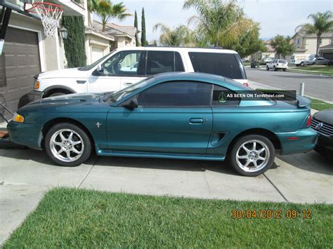 1996 mustang coupe 1996 ford mustang base coupe 2 door 3 8l