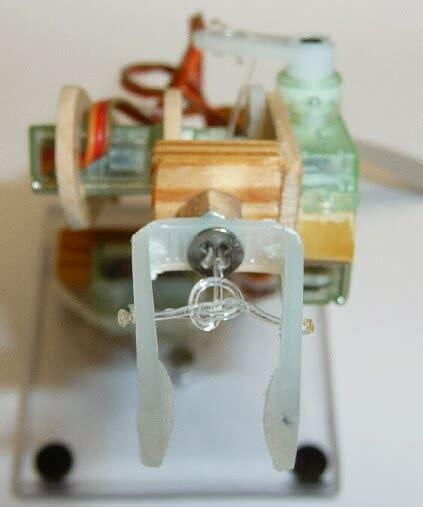 membuat robot gripper kumpulan proyek robot gripper robot dari stik es krim
