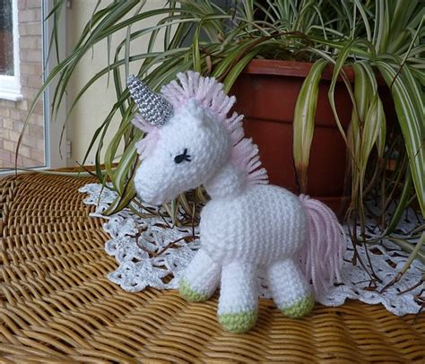 unicorn pattern free pinterest discover and save creative ideas