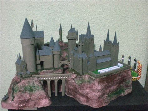 Hogwarts Castle Papercraft - hogwarts school n quidditch by philmagorian on deviantart