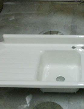 Cast Iron Sink Refinishing by Sink Refinishing Pedestal Sink Refinishing Cast Iron
