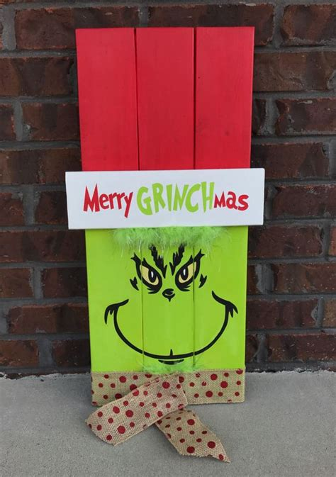crafts and decorations diy grinch crafts and decorations wood pallets