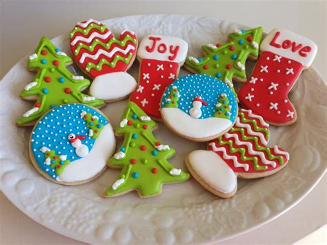 christmas sugar cookies with royal icing happy holidays