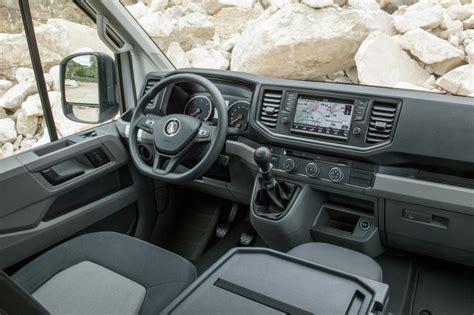 volkswagen crafter interior 2017 volkswagen crafter 4motion pictures auto express
