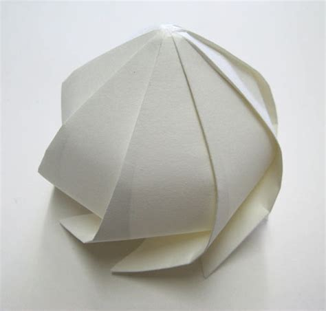 Origami Milk - 3d origami by jun mitani design milk