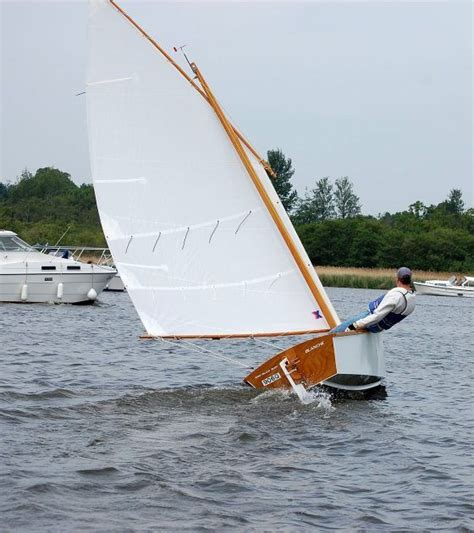 types of boats skiff goat island skiff info simple sailing dinghy plan