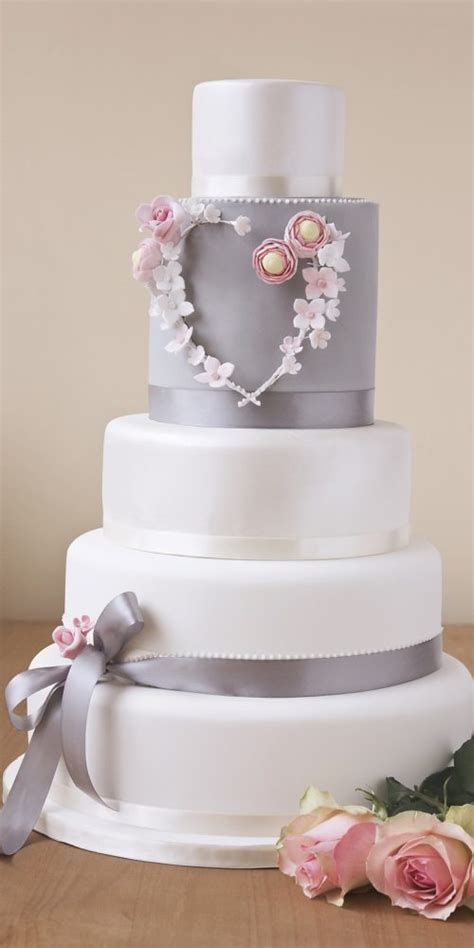 Wedding Cake Uk by Wedding Cakes Edinburgh Bespoke Designs For Your Wedding Day